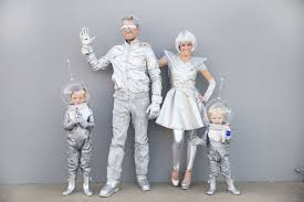 Jetsons Halloween Costumes 50 Fabulous Themed Family Halloween Costumes Brit