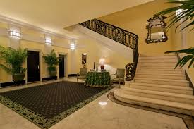 Inside Trumps Penthouse See Inside Joan Rivers U0027 Opulent 35million New York Apartment