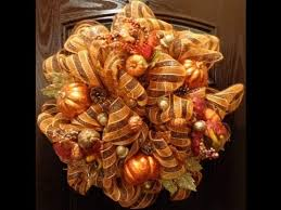 geo or deco mesh fall wreath