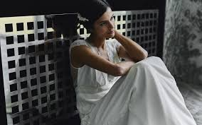 robe de mã re de mariã e laure de sagazan robes de mariée sur mesure fabriquées en