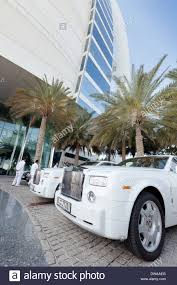 roll royce dubai rolls royce cars for the hotel guests owned by the burj al arab