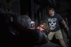 videos of halloween horror nights universal studios can you survive vamp 55 scare zone at hhn 2016 orlando tickets