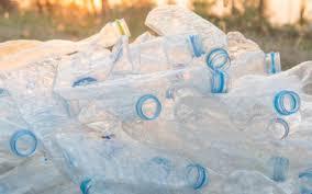 bicchieri di plastica sono riciclabili raccolta differenziata plastica consigli pratici tuttogreen