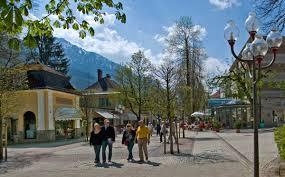 Pension Bad Reichenhall Die Fußgängerzone In Der Alpenstadt Bad Reichenhall