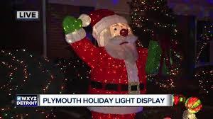 holiday lights tour detroit amazing holiday light displays across metro detroit wxyz com