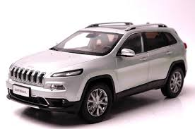 jeep cherokee toy 1 18 diecast model for jeep cherokee 2016 silver suv alloy toy car
