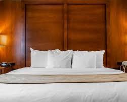 Comfort Inn Buffalo Ny Airport Comfort Suites Hotel In Buffalo Ny Near Buffalo Zoo
