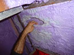 air leaks in homes insulated with spray foam