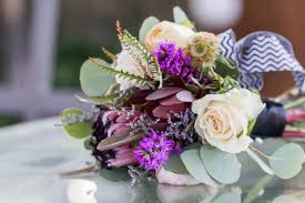 how to make a wedding bouquet diy tutorial how to make your own bohemian wedding bouquet