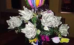 money bouquet dollar bill flowers vase gardening flower and vegetables