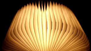 amber led book light unboxing led buch wie lumio led book l nachttischle night