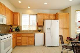 kitchens with oak cabinets and white appliances kitchen oak cabinets oak kitchen cabinets with white appliances