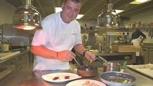 annonce chef de cuisine le chef du bénétin intronisé maître cuisinier