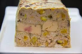 cuisiner foie gras frais terrine de porc et foie gras pistaches et abricots les