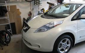 nissan leaf charging options 2011 nissan leaf it u0027s cool but i don u0027t want one automobile