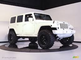 jeep rubicon white jeep wrangler unlimited white wallpaper 1024x768 14086