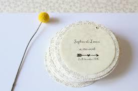 faire part mariage fait fleur de pommier dans atelier faire part élégant et délicat