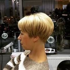 the wedge haircut instructions image result for wedge haircut dorothy hamill hair cuts