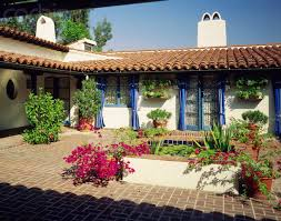 Courtyard Homes Courtyard Homes House Plans With Courtyards For In And Spanish