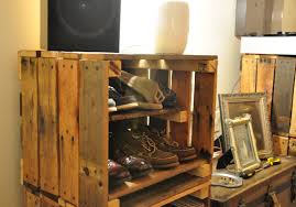 from shipping pallets to record crates upcycling creations