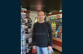 bureau de tabac bourg en bresse société le bureau de tabac presse du barriot braqué à l arme