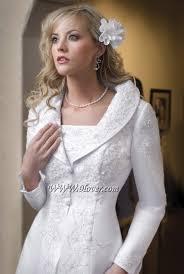 gorgeous winter wedding dress jackets byebyebride while still