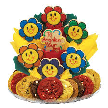 cookie basket delivery smiling daisies cookie boutray cookies by design