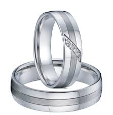 titanium wedding band reviews wedding band engagement rings pair for men and women silver white
