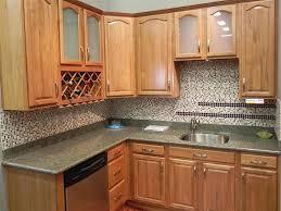 kitchen backsplash ideas for oak cabinets