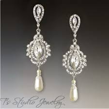 bridal chandelier earrings marquise and pearl chandelier bridal earrings vintage style