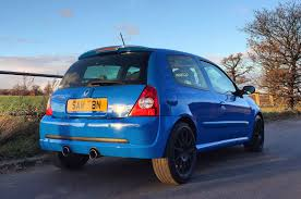 renault clio sport interior life with a used renaultsport clio 182 u2013 the final hurdle to full