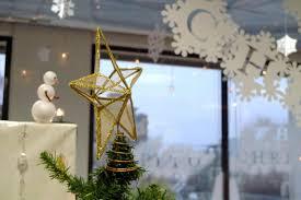 christmas decoration ideas for office desk ne wall