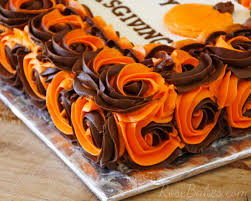 Thanksgiving Cake Decorating Ideas How To Make Two Colored Swirled Roses On Cake Thanksgiving Cake