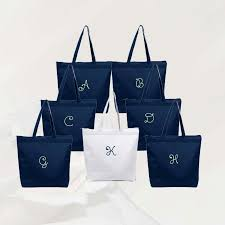 bridal party tote bags personalized zippered tote bag bridesmaid gift set of 7