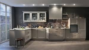 cuisine gris anthracite crédence cuisine en carrelage frais couleur mur cuisine grise facade