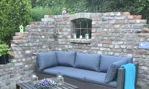 ruinenmauer bauen und chillen im garten