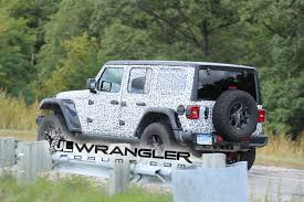 camo jeep cherokee 2018 jeep wrangler jl drops major camo revealing nearly all