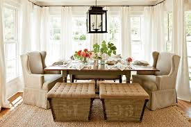 Unassumingly Chic Farmhouse Style Dining Room Ideas - Dining room table decorations for summer