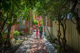 elfreth s step into the private homes of elfreth s alley during fete day