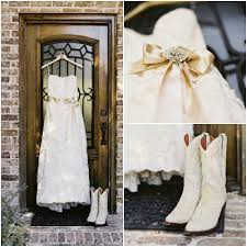 short wedding dress with cowgirl boots best 25 country wedding