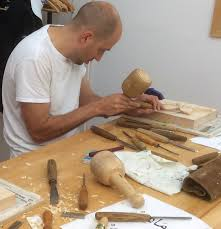 Wood Carving For Beginners Uk by Intro To Woodcarving Evenings The Goodlife Centre
