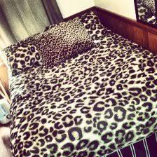 cheetah bedroom ideas cheetah print bedroom 6 cheetah bedroom decor rapidweaverebook com