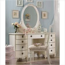 Large Bedroom Vanity Amazing Large Bedroom Vanity Best Ideas About Bedroom Vanities On