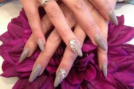 to do acrylic nails at home 4 tips
