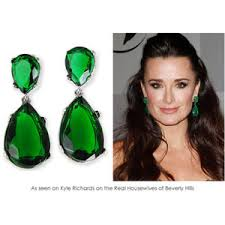 emerald green earrings kyle s emerald green drop earrings jewelry