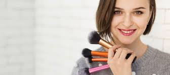 make up classes for best makeup courses in mumbai professional makeup classes academy