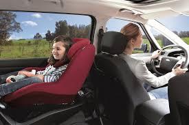 siège auto bébé dos à la route voyager dos à la route comment bébé confort ouvre la voie