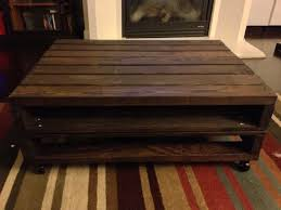 Coffee Table Out Of Pallets by Pallet Coffee Table With Storage Cubby