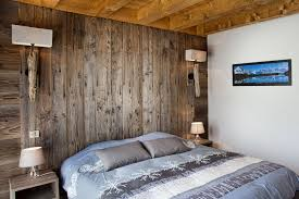 décoration mur chambre à coucher chambre bois exotique idées décoration intérieure farik us