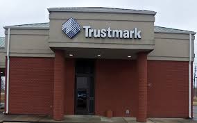 Barnes Crossing Tupelo Ms Trustmark Bank And Atm Location In Tupelo Ms 606